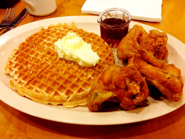Roscoe's Obama Special = 3 wings + waffle