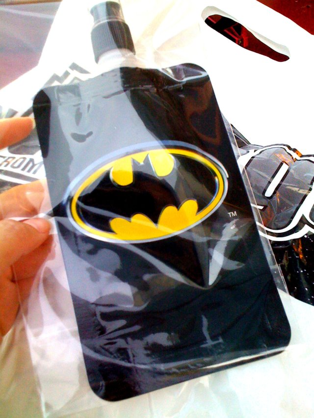 Vyvacious || Batman (alcoholic) drink pouch