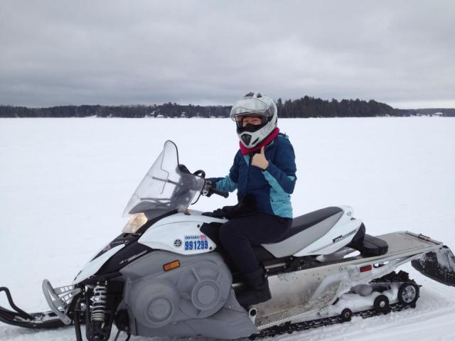 Vyvacious || First time snowmobiling