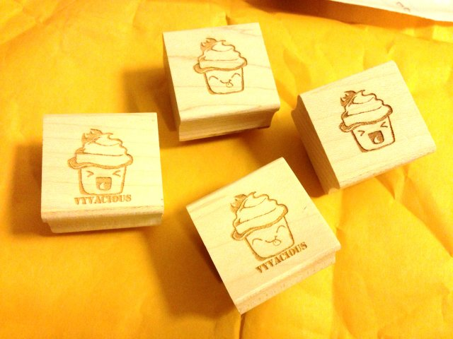 Vyvacious || Vyvacious cupcake stamps