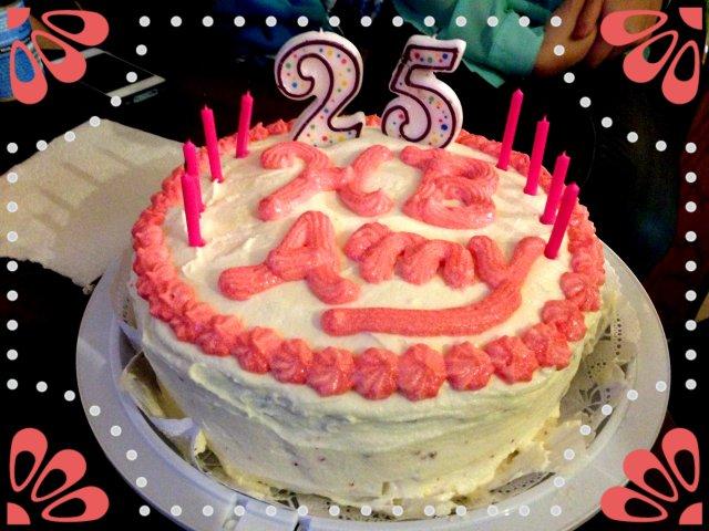 Vyvacious || Red Velvet Cake